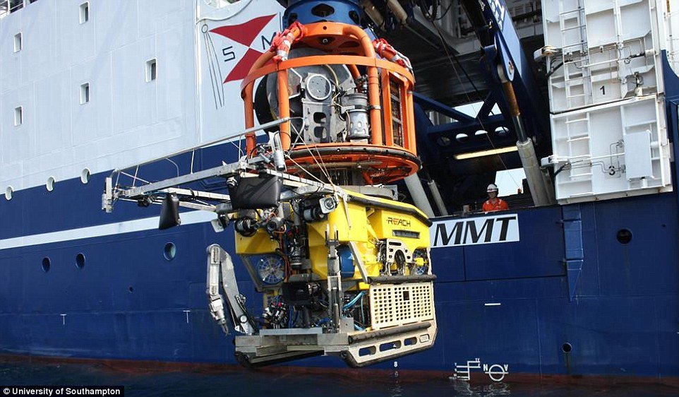 39A9155600000578 3866452 One of the Remotely Operated Vehicles is designed to capture hig a 49 1477303517575